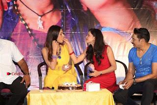 Tik Talk Telugu Movie Teaser Launch  0110.jpg