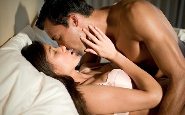 6 erros comuns cometidos na hora do beijo (Imagem: Reprodução/HD Wallpaper Pictures)