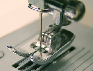 Cara Menggunakan Mesin Jahit Mini Bagi Pemula