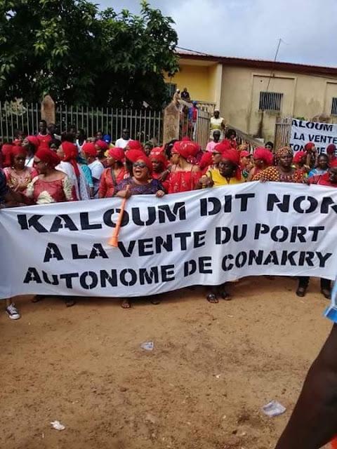 Guinée : Conakry, les syndicats dispersés par des coups de gaz lacrymogène