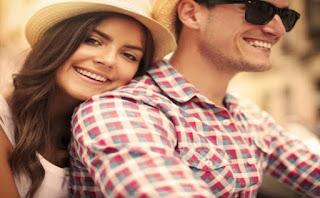 http://cdn-2.tstatic.net/wartakota/foto/bank/images/20141112-wanita-tampil-polos-pasangan-gembira.jpg