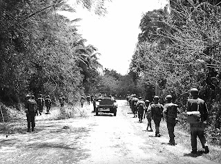 PHOTO:  US Army Moving in to Liberate Santo Tomas, Batangas March 1945