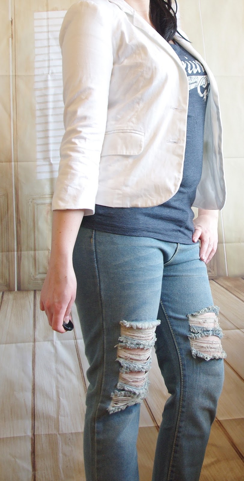 How to style a Boyfriend Jeans - Teil 5: T-Shirt and White Blazer