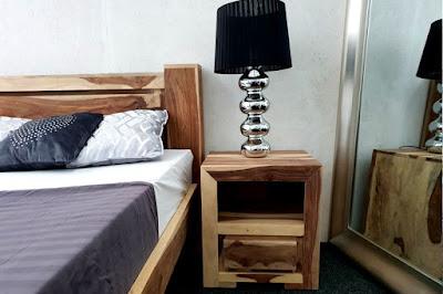 skrinky Reaction, nábytok z dreva, nábytok do spálne