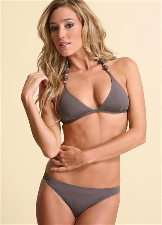 Itsy Bikini: Jacqui Ainsley