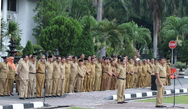 Plt. Gubernur Puji Kedisiplinan Pegawai Setda Aceh