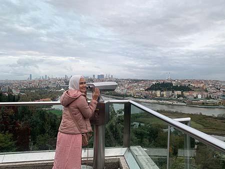 Masayu Clara Pakai Hijab 5