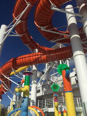 carnival vista waterpark 嘉年華願景號滑水道