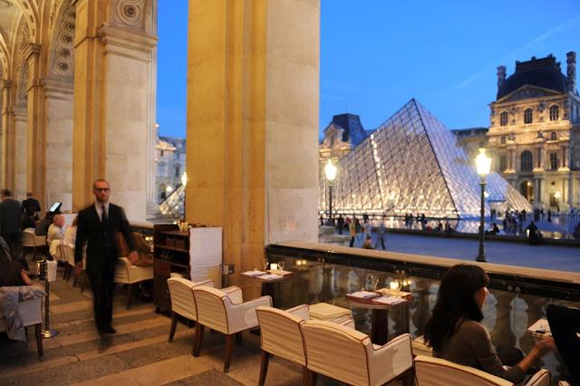 Café Marly em Paris
