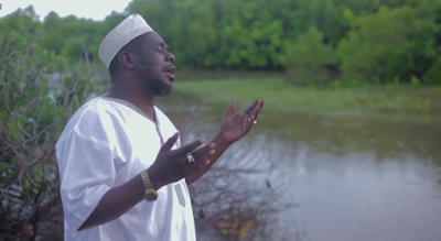 Video Mzee Yussuf - Narudi Kwako Allah