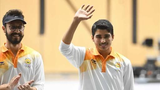 Asian Games 2018: 16 Year Old Indian Shooter Saurabh Chaudhary wins 10m air pistol gold