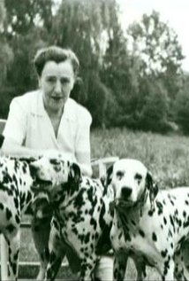 Dodie Smith. Director of 101 Dalmatians (1996)