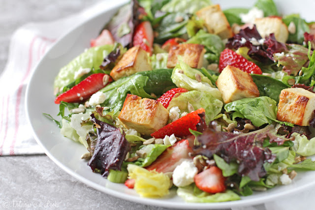 Low-FODMAP Strawberry, Basil & Lemon Salad with Tofu Croutons  /  Delicious as it Looks
