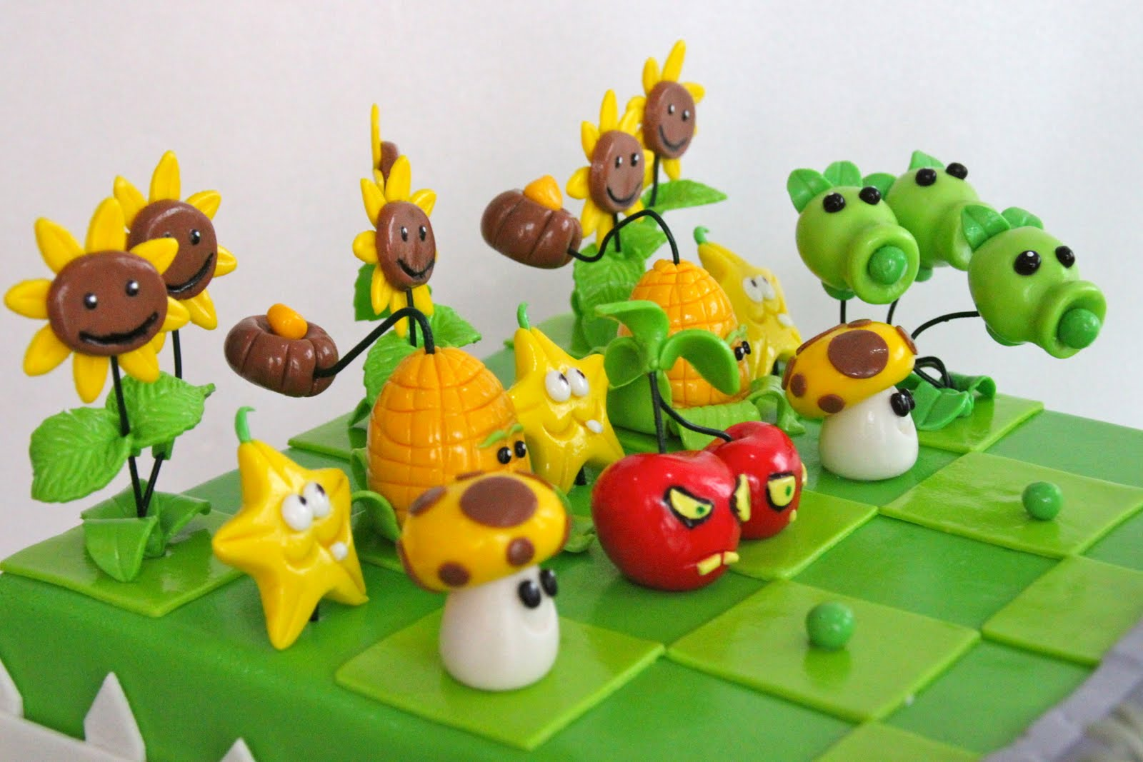 How To Make A Plants Vs Zombies Birthday Cake