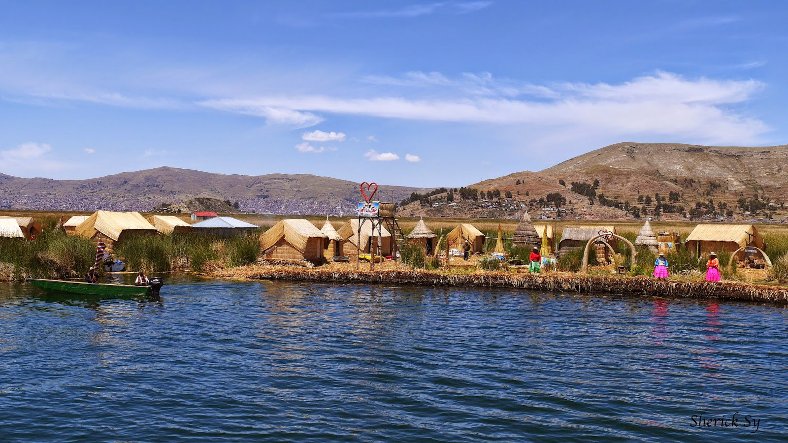 Floating Islands of Uros, Lake Titicaca, Peru