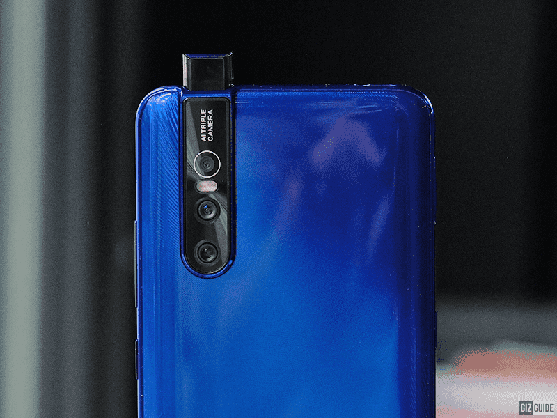 What are the advantages of Vivo V15 Pro's ultra-wide angle camera mode?