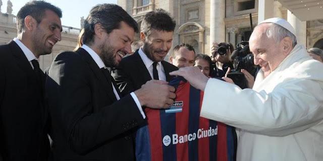 Paus Fransiskus Bicara soal Pemain Sepak Bola Terbaik Dunia