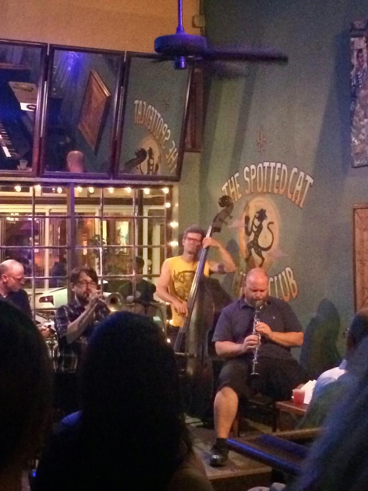 Edie's Closet  New Orleans Bars