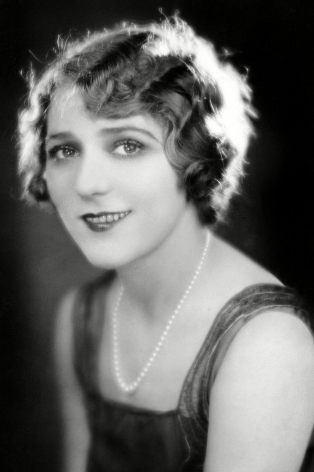 1920s Fashion: 18 Iconic Women Who Changed Our Style ...