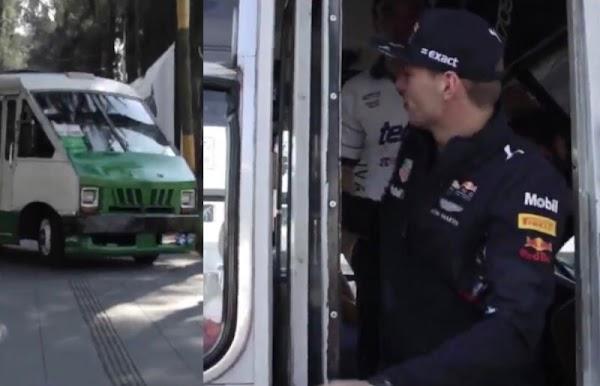 En un micro llega el piloto F1 Max Verstappen al autódromo Hermanos Rodríguez.