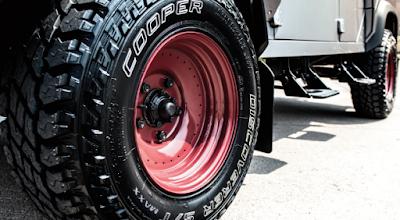 Ban Cooper Tires