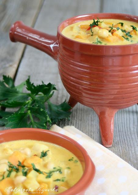 dania jednogarnkowe, rozgrzewające, dynia, zupa z dyni, daylicooking