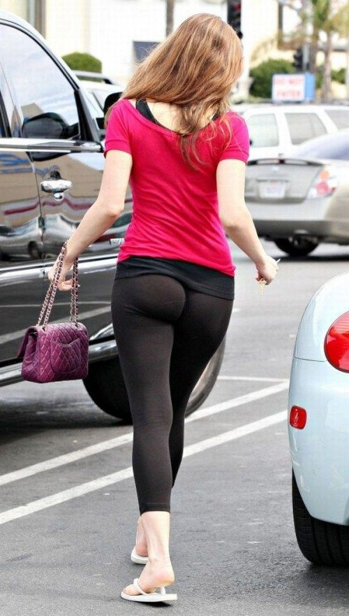 Tight Pants Girls Around the World  XB Hot Celebrities