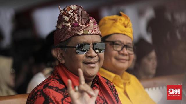 Soal Dana Kampanye, Hasto Sebut Prabowo-Sandi Orang Tajir