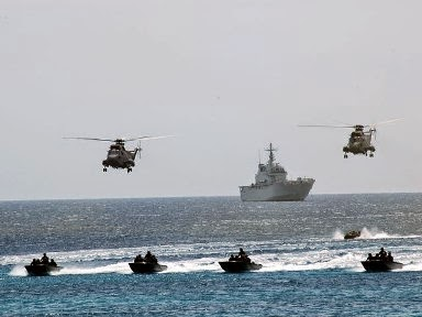 Italian Special Forces in front of the Libyan coast, ready to fight ISIS