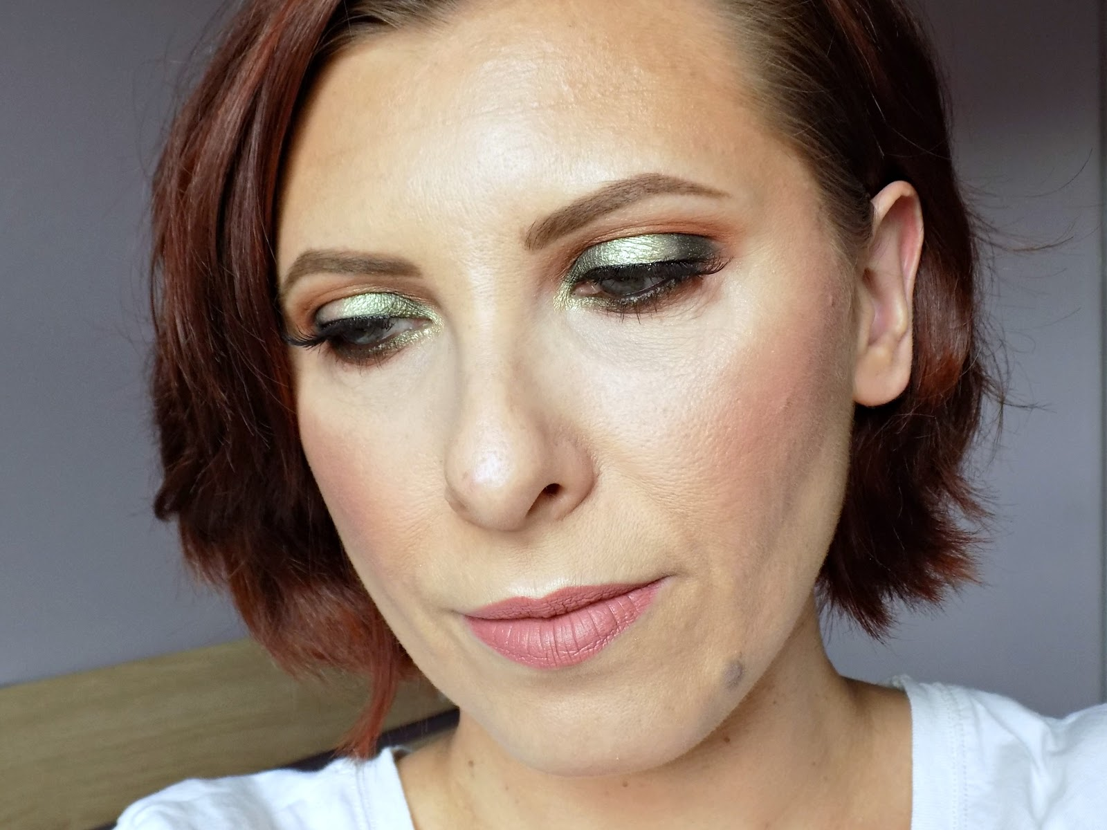 green halo eye look using Makeup Geek eyeshadows