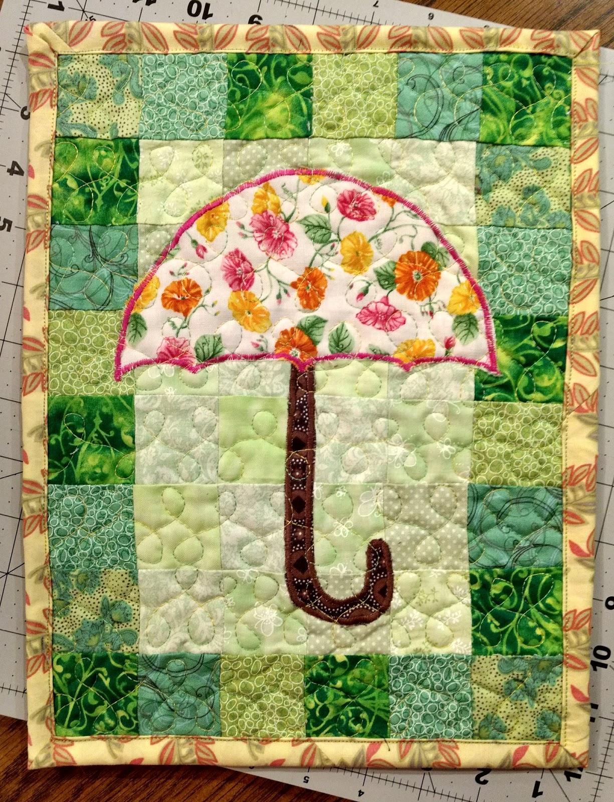 Little Bunny Quilts: April Cubicle Quilt {Finished Mini}