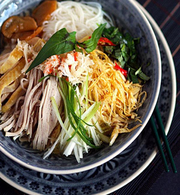 Hanoi noodles ( Bun Thang Hanoi) traditional and tasty