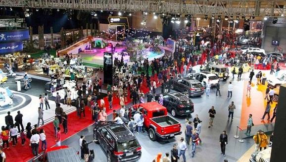 Pameran otomotif Indonesia International IIMS 2016 hari ini Bidik Transaksi Rp 2 Triliun