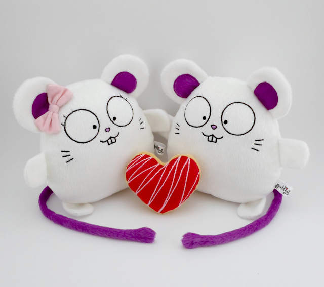 Pareja de boda personalizada, ratones blancos de peluche guyuminos regalo novios aniversario amor ratón kawaii tierno