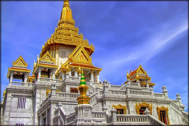 Tour-Bangkok-Golden-Budha