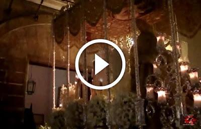 La Salve por las Hermanas de la Cruz que cantan la Salve o Salve Regina a la Virgen del Rosario de la Hermandad de Montesion el Jueves Santo de la Semana Santa de Sevilla 2016