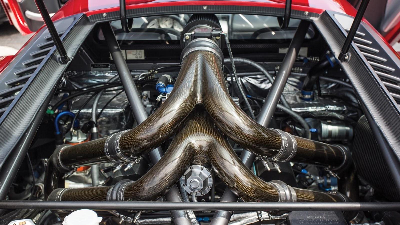 Khối động cơ V8 7 lít công suất 750 mã lực của Saleen S7