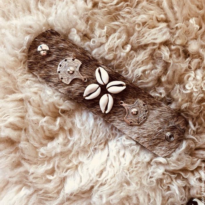 Porta lentes de cuero moda handmade invierno 2019. Moda handmade argentina. Pelo y cuero 100% argentino.