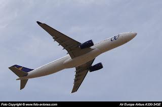AVIÓN AIRBUS A330 EC-MHL