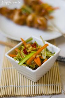 (salatka z pora i marchewki