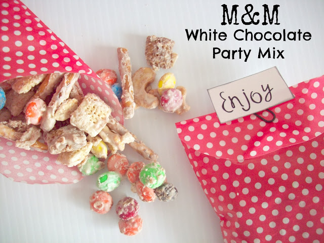 M&M White Chocolate Party Mix Recipe #BakingIdeas #shop #cbias