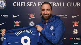 Gonzalo Higuain Resmi Pindah ke Chelsea
