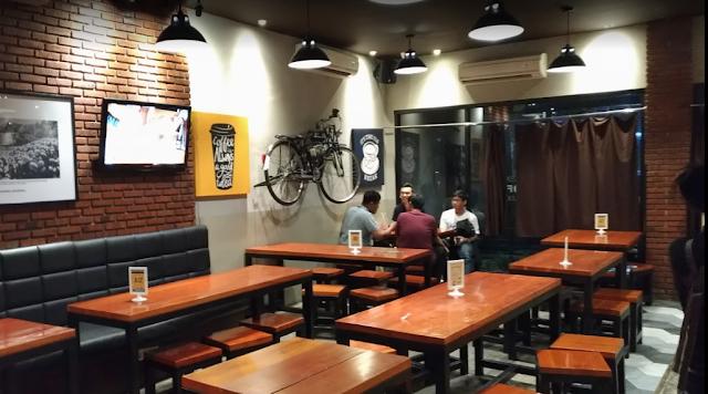 Alamat, Harga Makanan, Review serta Lokasi Warunk Upnormal Surabaya via Google Maps