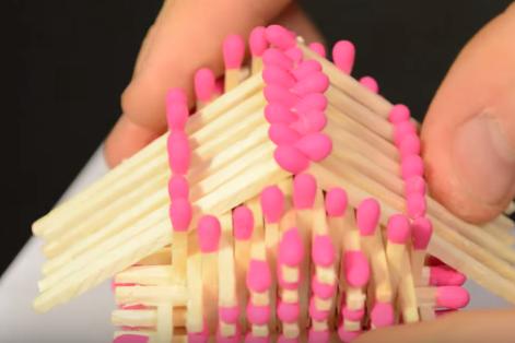 Cách làm nhà bằng que diêm đơn giản 12