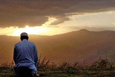 Sudah Sering Shalat Dhuha Kok Rezeki Masih Seret? Mungkin Inilah 7 Penyebabnya