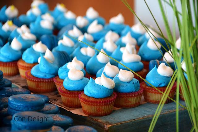 כיבוד דרדסים כחול לבן Smurfs desserts