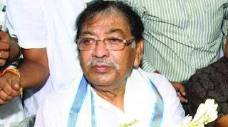 west-bengal-congress-criticises-karat