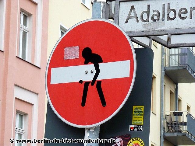 street art berlin 12 berlin du bist wunderbar unbekannte orte street art urbex. Black Bedroom Furniture Sets. Home Design Ideas