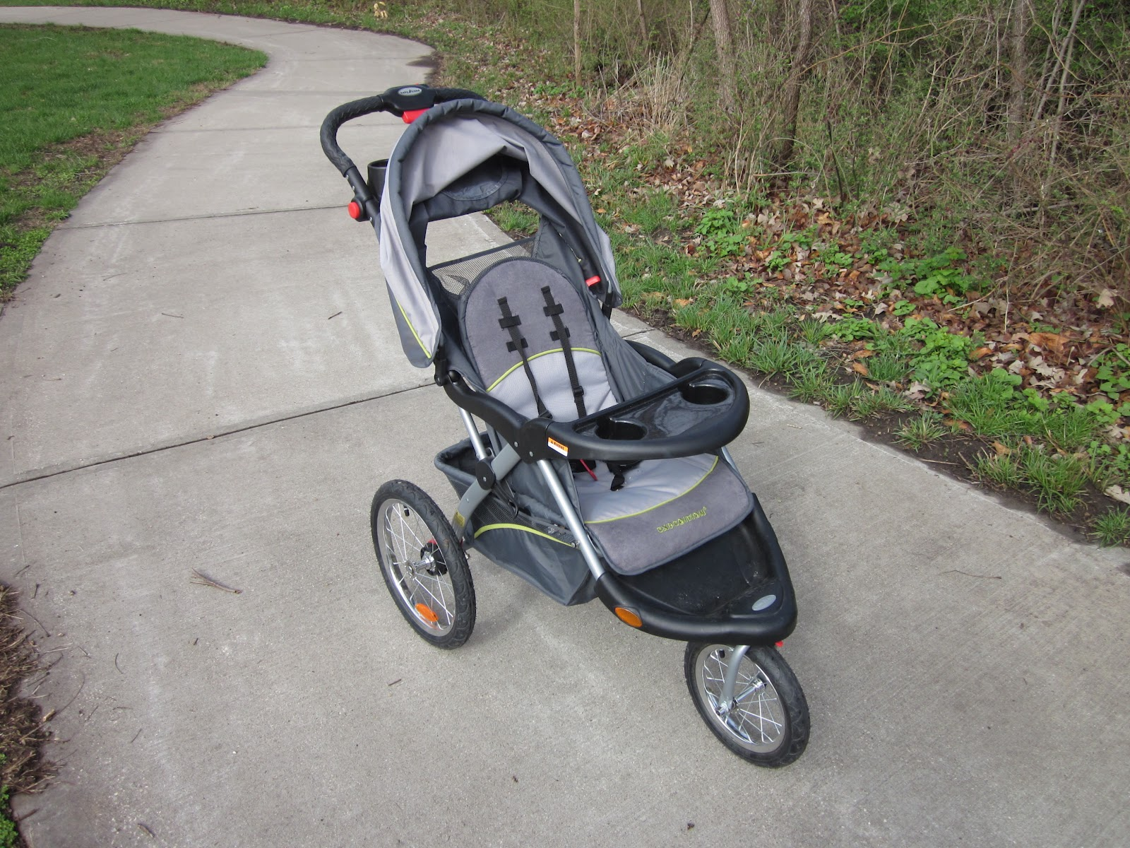 bean sprout notes replacing  flat jogging stroller