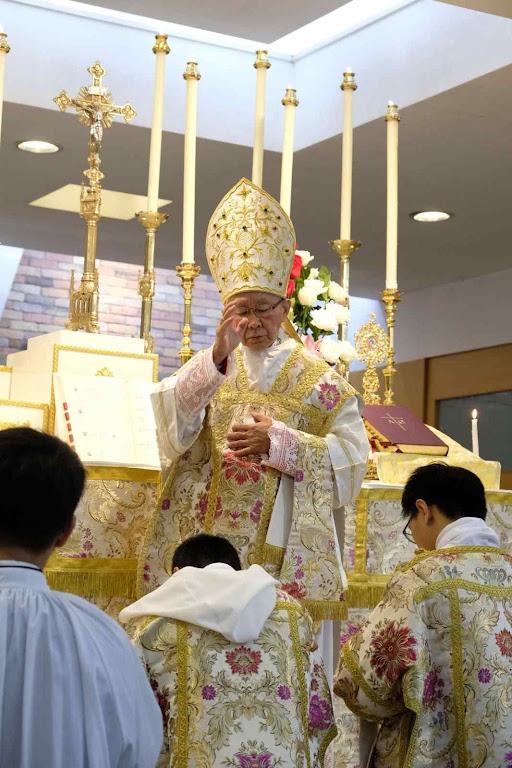 Cardeal Joseph Zen Ze Kiun, bispo emérito de Hong Kong, assumiu a difícil tarefa de defender os bispos católicos diante das pressões vaticanas